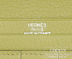 Hermes Bearn bi-fold wallet Anis green/Vert anis Chevre myzore goatskin Silver hardware