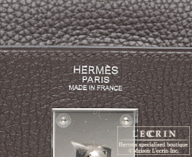 Hermes Kelly bag 32 Retourne Chocolat/Chocolate Clemence leather Silver hardware