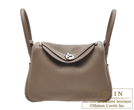 Hermes Lindy bag 26 Etoupe grey Clemence leather Silver hardware