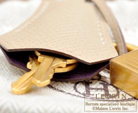 Hermes Personal Kelly bag 25 Raisin/Trench Epsom leather Matt gold hardware